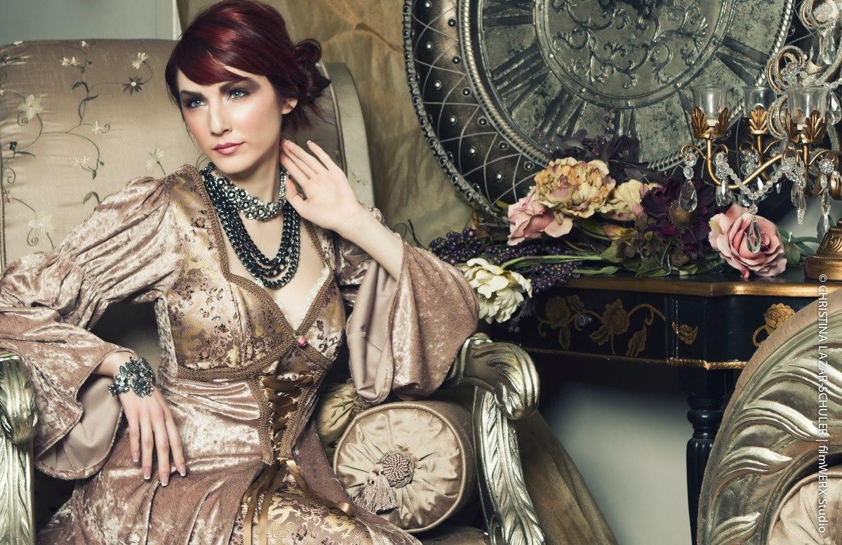 Portfora Magazine Freelance Model Tips by Kaitlin Chapple ...